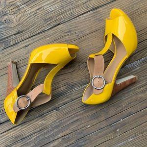 Gianni Bini Yellow Patent Leather Heels | 7.5